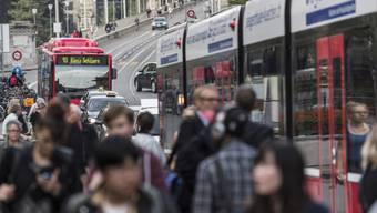 Die Buslinie 10 wird nicht auf Trambetrieb umgestellt (Archiv)
