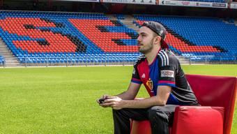 Zocken für den FC Basel: Luca Boller schiesst ab sofort im FCB-Dress Tore im Videospiel «Fifa».