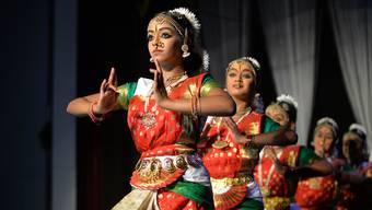 Tanzwettbewerb der Tamilen in der Biberena in Biberist