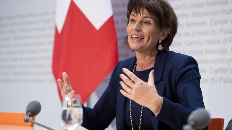 Wer wird nach Doris Leuthard Medienminister oder Medienministerin?