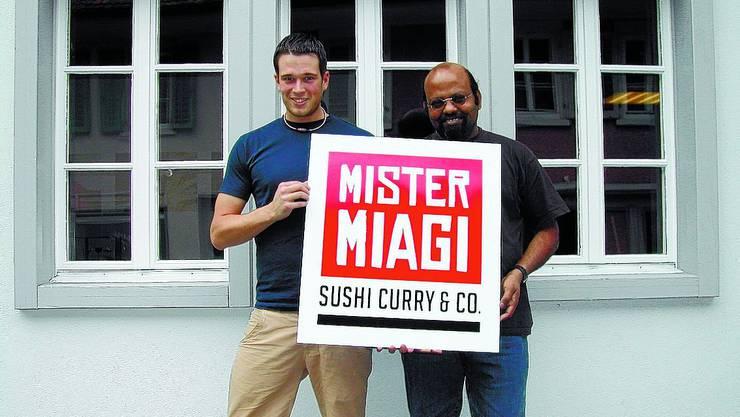 Neues Lokal: Philipp Brodbeck (links) und Rada stehen hinter «Mister Miagi».