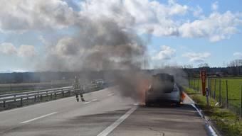 Autobrand auf A1 bei Oensingen