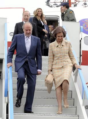 Sicher auf Schweizer Boden gelandet: das spanische Königspaar.