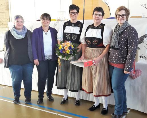 Der aktuelle Vorstand: Marion Zubler (Kassierin), Judith Kunz (Aktuarin), Yvonne Vögeli (neu Beisitzerin), Marianne Wyder (neu Präsidentin) sowie Yvonne Zolli (neu Vizepräsidentin)(von li).