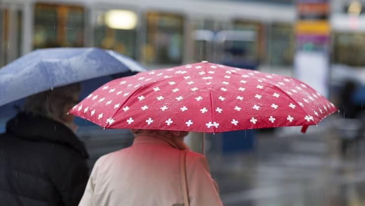 Nach dem warmen Wochenende gab es am Montag Regen und Kälte.