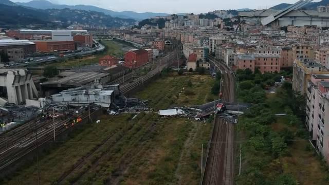 Drama in Genua: Rettungskräfte suchten ganze Nacht nach Überlebenden