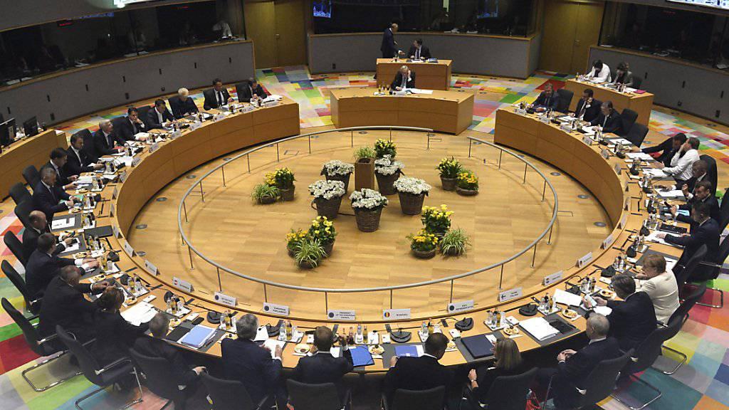 Klimaziel und Personalpaket: Beim EU-Gipfel am Donnerstagabend in Brüssel haben sich die 28 EU-Staats- und Regierungschefs nicht auf ein ehrgeiziges neues Klimaziel für 2050 einigen können. Auch bei der Ernennung des neuen EU-Kommissionspräsidenten zeichnete sich keine Einigung ab.