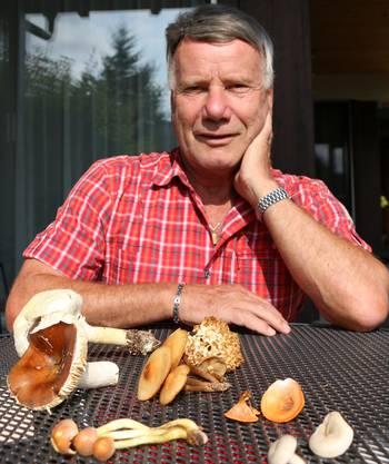 «Die Pilze, die ich gefunden habe, passen auf meine Hand.»Anselm Ruflin,Pilzkontrolleur in Gipf-Oberfrick.