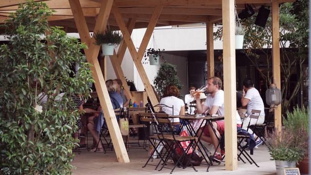 Das Badenfahrt-Bistro und sein zweites Leben als Gartencafé in Winterthur.