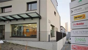 Im November 2014 eröffnete die Clientis Bank die neue Geschäftsstelle im Zentrum von Lostorf – nach dem ersten Jahr zieht sie eine positive Bilanz. zvg