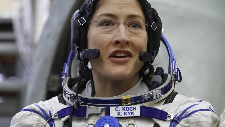 Nasa-Astronautin Christina Koch (im Bild) und ihre Kollegin Anne McClain werden die Raumstation ISS am 29. März vorübergehend für einen Reparatureinsatz ausserhalb der Raumstation verlassen. (Archivbild)