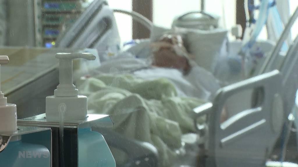 Über 10'000 neue Coronafälle: Berner Gesundheitsdirektion nimmt Stellung