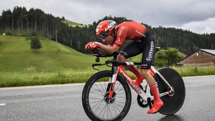 Marc Hirschi ist für den Rennstalls Sunweb an der Tour de Suisse unterwegs - und nimmt dafür einiges auf sich.