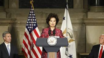 Die US-Verkehrsministerin Elaine Chao kommt wegen Enthüllungen von Aktivitäten ihrer Familie immer mehr unter Druck. (Archivbild)