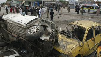 Tatort: Aussenbezirk von Peshawar nach dem Bombenanschlag