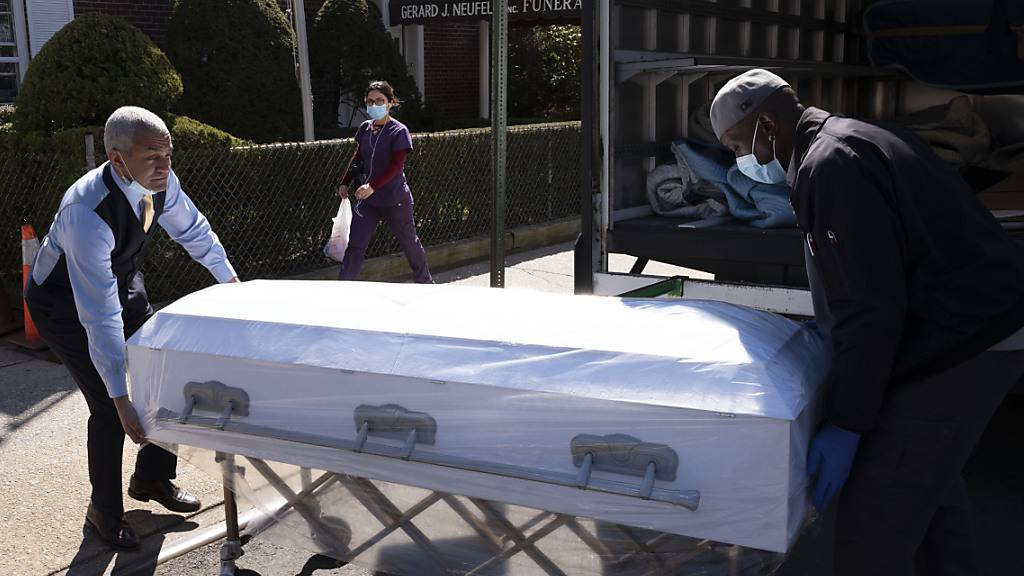 Trump befürchtet 100'000 Coronavirus-Tote in den USA