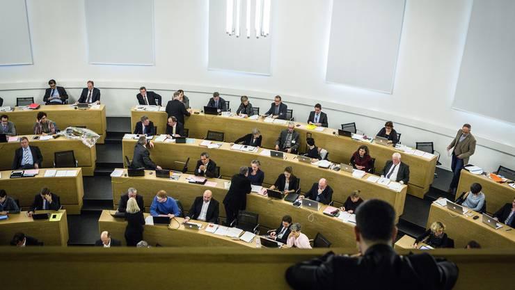 Blick in den Grossratssaal von der Zuschauertribüne aus.