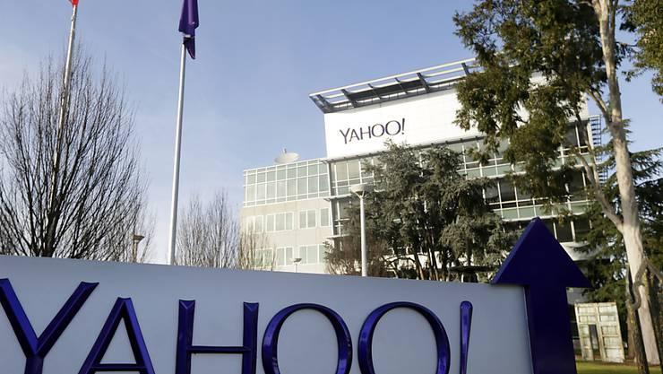 Yahoo muss im zweiten Quartal einen Milliardenverlust hinnehmen - Auf dem Bild ist der Hauptsitz des Internet-Pioniers in Sunnyvale, Kalifornien zu sehen