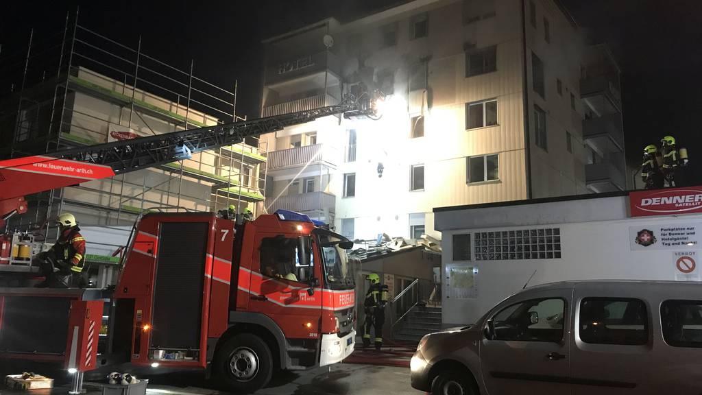 Brand im Hotel Kristall in Seewen SZ