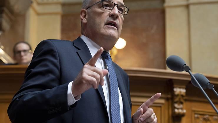 """""""Ganz klar die beste Lösung"""": Verteidigungsminister Guy Parmelin. (Archivbild)"""