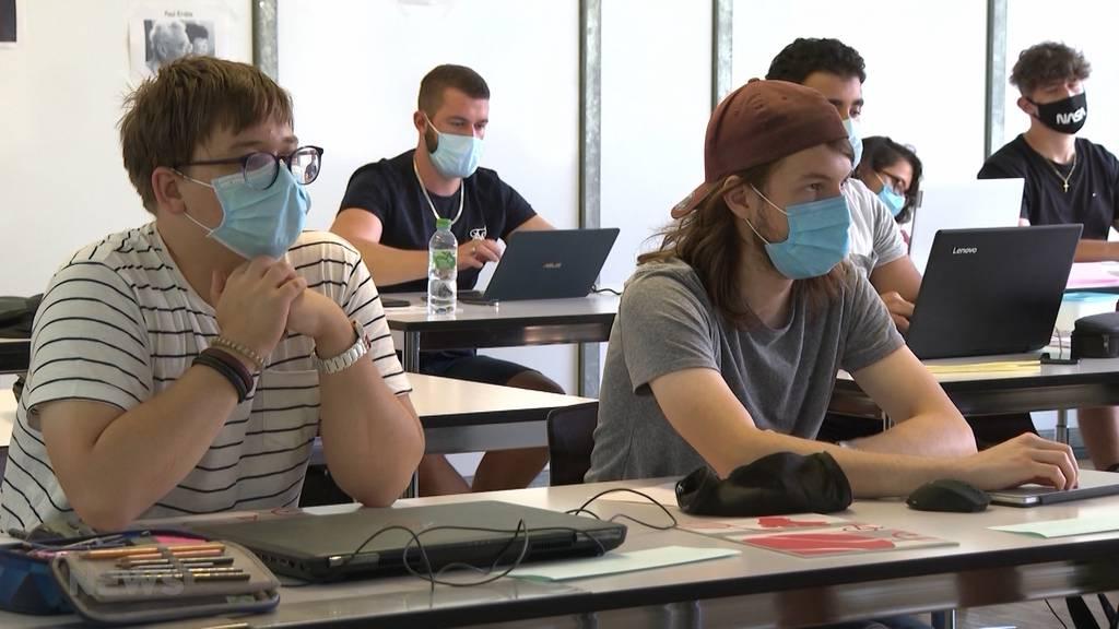 Trotz hohen Fallzahlen: Normaler Schulbeginn für Volks- und Mittelschule