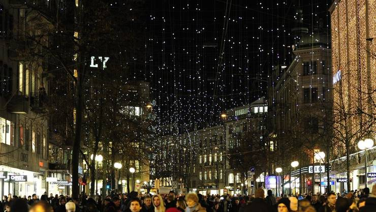 Weihnachtsbeleuchtung der Zürcher Bahnhofstrasse: «Lucy»