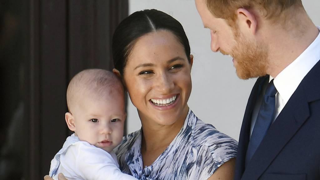 Prinz Harry fliegt zu seiner Familie nach Kanada