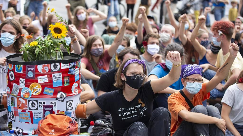 Klimaaktivisten – hier im September auf dem Bundesplatz in Bern – rufen für den 21. Mai 2021 zum Generalstreik auf.