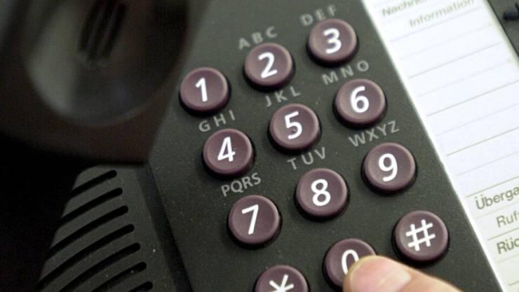 Telefonbetrüger sind aktuell im Aargau am Werk. (Symbolbild)