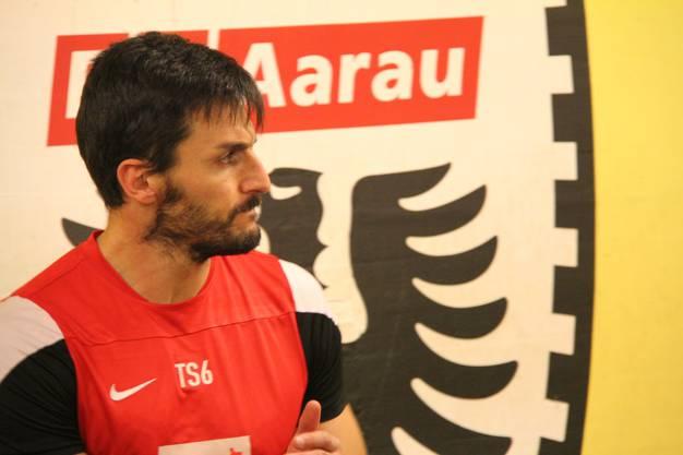 Francesco Russo im Kraftraum des FC Aarau in den Katakomben des Brügglifelds
