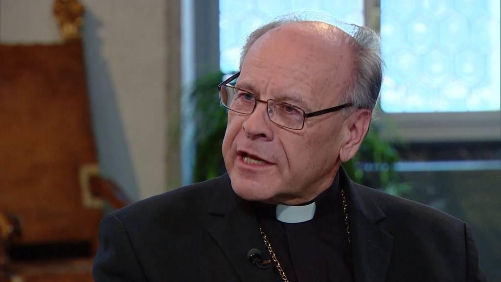 Bischof Huonder ist zurückgetreten