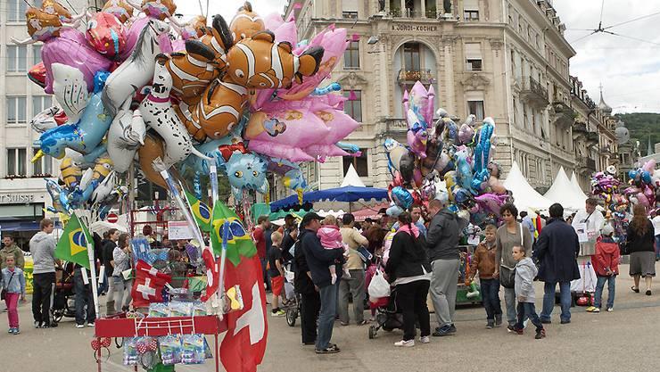 »Wie jedes Jahr stehen den Besucher zahlreiche Verkaufsstände zur Verfügung«