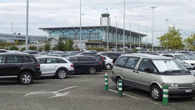 Beim Euro-Airport ist man gut beraten, genau darauf zu achten, in welchem Sektor man parkt.