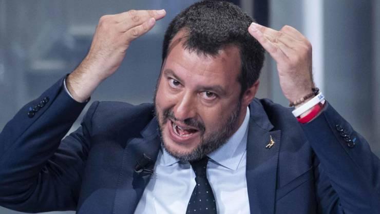 Kein Leisetreter: Matteo Salvini, Vize-Regierungschef, Innenminister und Parteichef - täglich auf allen Kanälen präsent, aber auch Italiens populärster Politiker.
