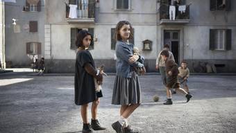 Smarte Mädchen zwischen Armut und Gewalt: Lila (Ludovica Nasti) und Lenù (Elisa del Genio) in der TV-Adaption von «Meine geniale Freundin».