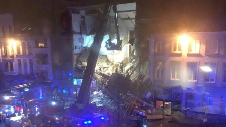 Die Explosion in der belgischen Stadt Antwerpen riss die Fassaden von drei Häusern nahezu vollständig weg. Die Polizei schloss einen Terroranschlag aus.