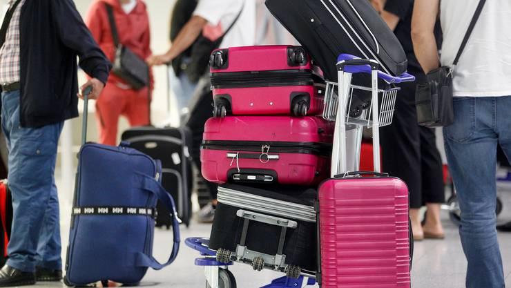 Reisende aus Risikoländern müssen zehn Tage in Quarantäne.