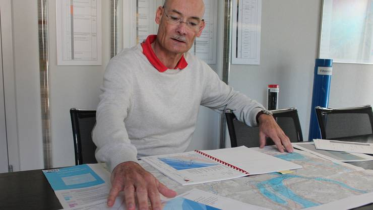 Geologe Mark Eberhard hat mit seinem Büro bereits rund 300 Grundwasser-Wärmepumpenanlagen projektiert, die meisten im Aargau. Kel