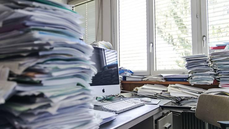 Zu viel Arbeit und zu wenig Erholung sind häufig ein Grund für die Entstehung psychischer Probleme.