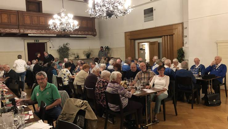 An der Ländler-Stubete im Restaurant Linde in Weiningen fanden sich zahlreiche Besucher und Musikanten ein.