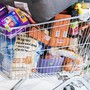 Die Versorgung mit Lebensmitteln ist laut Migros, Coop und Co. gesichert - Hamsterkäufe seien daher nicht nötig. (Archiv)