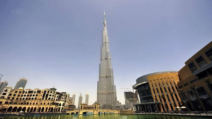 Mit 828 Meter Höhe ist der Burj Chalifa in Dubai seit dem 3. Januar offiziell das höchste Gebäude der Welt.