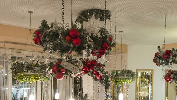 Das Restaurant s'Kafitassli in Schinznach-Dorf ist festlich dekoriert, aufgenommen am 1. Dezember 2017.