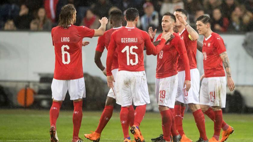 Schweiz - Belgien am 18. November in Luzern