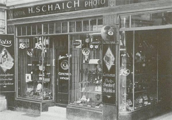 Die Firma H. Schaich am Badener Bahnhofplatz auf einer undatierten Aufnahme.
