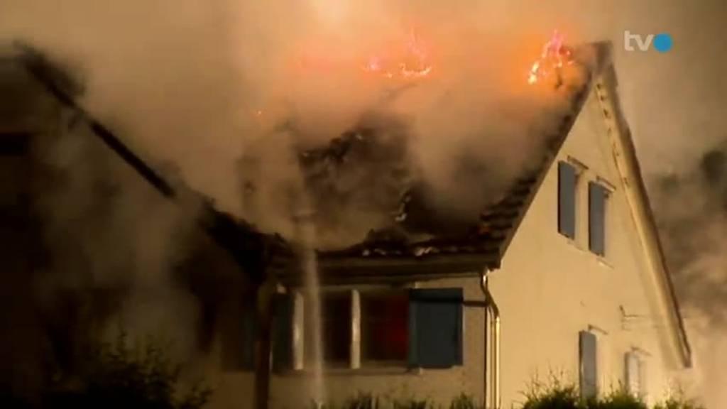 Vollbrand: Familie hatte keinen Feuerlöscher