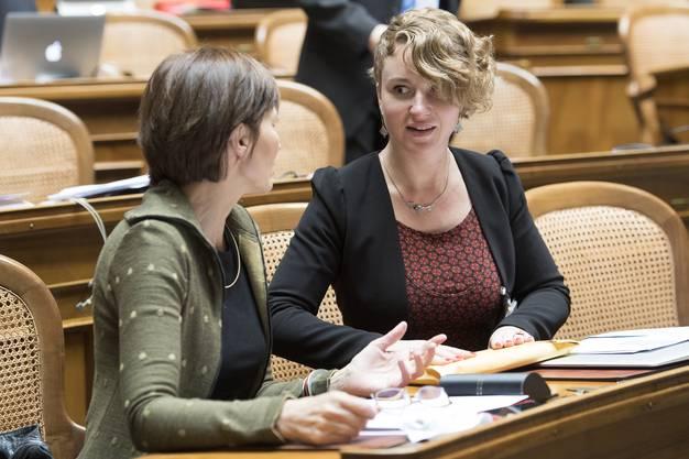 Fricker-Nachfolgerin Irène Kälin mit Grünen-Präsidentin Regula Rytz.