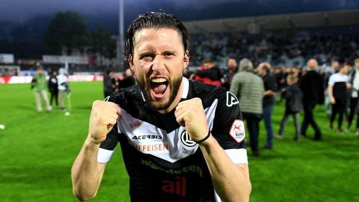 Luganos Fabio Daprela jubelt nach dem Einzug in die Europa League.
