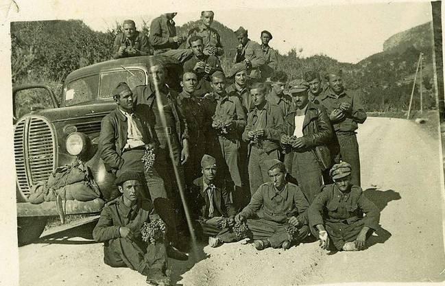 Teilnehmer am Spanischen Bürgerkrieg in der 11. Internationalen Brigade, darunter einige Schweizer.