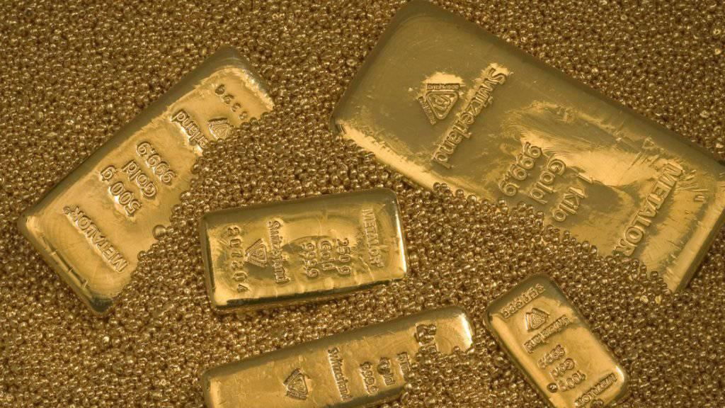 Sogar Goldbaren tauchen bei der Fundstelle der Post auf. (Symbolbild)